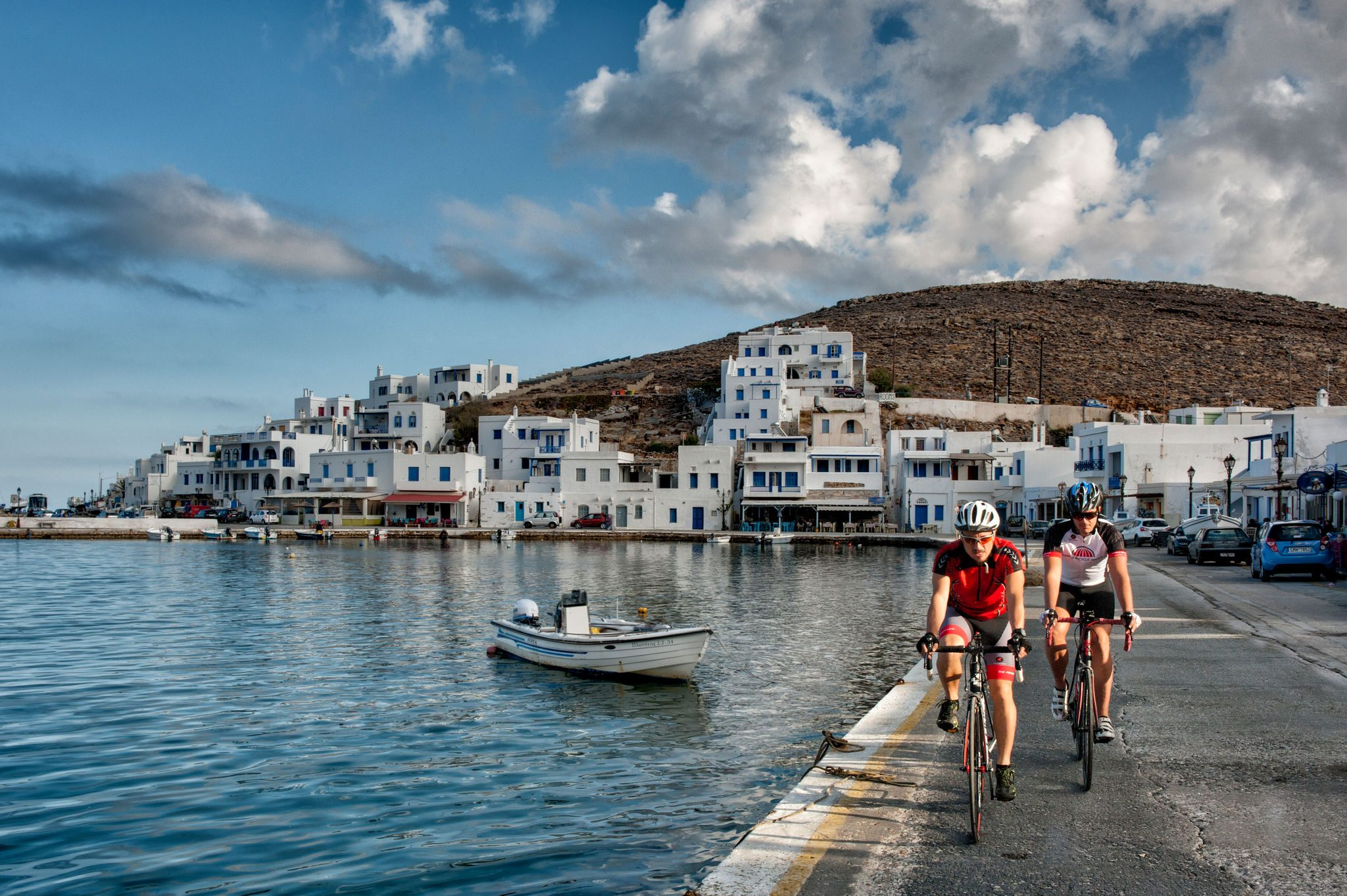 Paros & Naxos Islands, 4 days Bike Tour